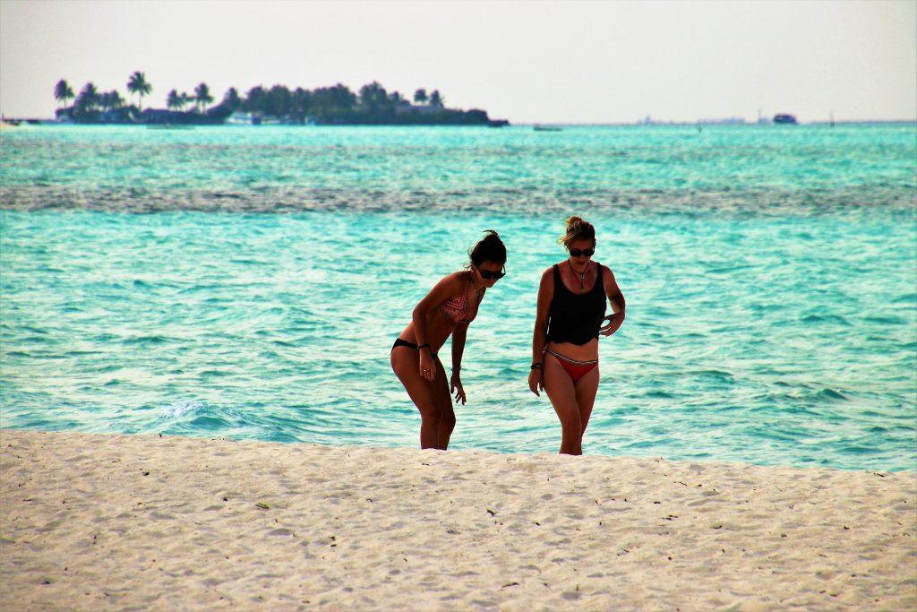 Mujeres de vacaciones en las playas de México