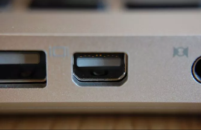 Puertos de computadora: DisplayPort / mini DisplayPort
