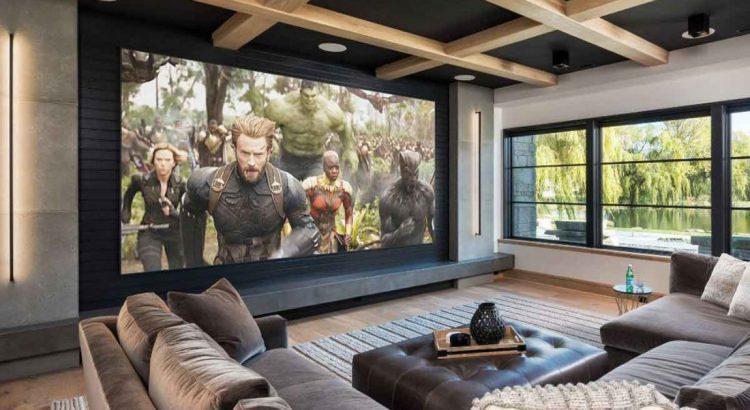 smart tv con sistema de cine en casa